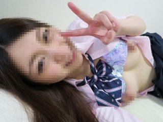 お上品な顔だけど、アソコはヌレ濡れ、フェラは上手な淫乱娘に大量発射!!!